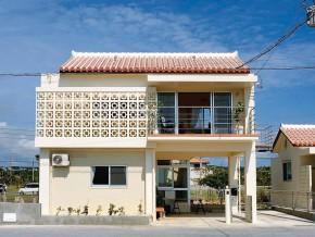 海風も涼やかな混構造の家
